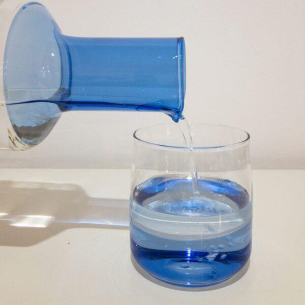 """Karaffe mit Glas von """"Orion Qubo"""""""